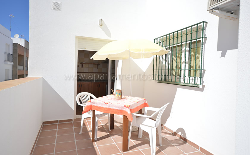 Apartamento en Conil de la Frontera con terraza